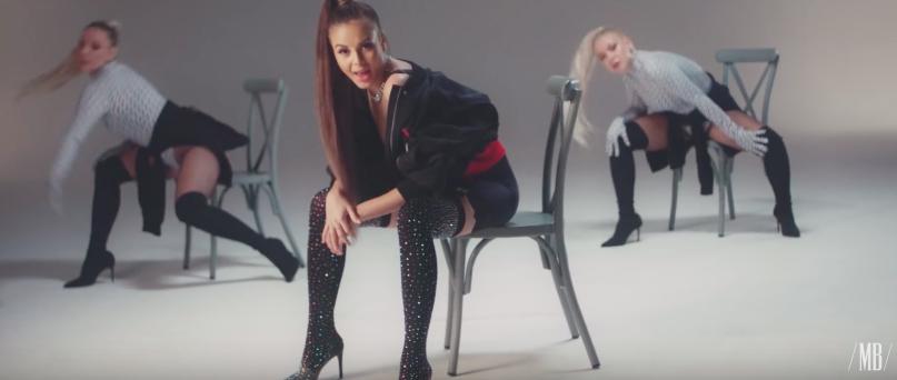 TOP 6 videoklipů týdne: Trendy Monika Bagárová, posmrtný Mac Miller i zamilovaný Sofian Medjmedj