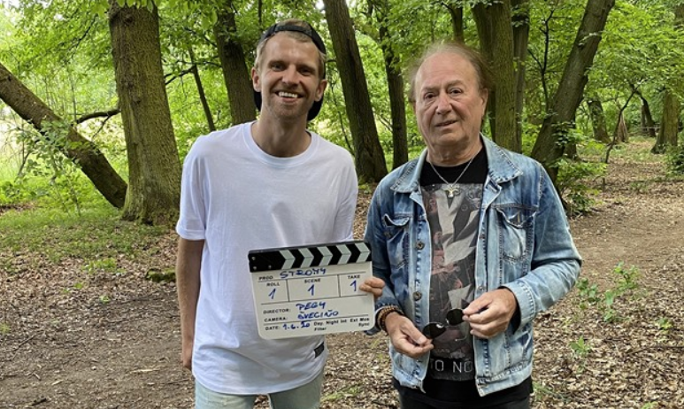 TOP 6 videoklipů týdne: Petr Janda, Nebe nebo Sebastian zpívají o návratu k přírodě, Slza chce být o samotě
