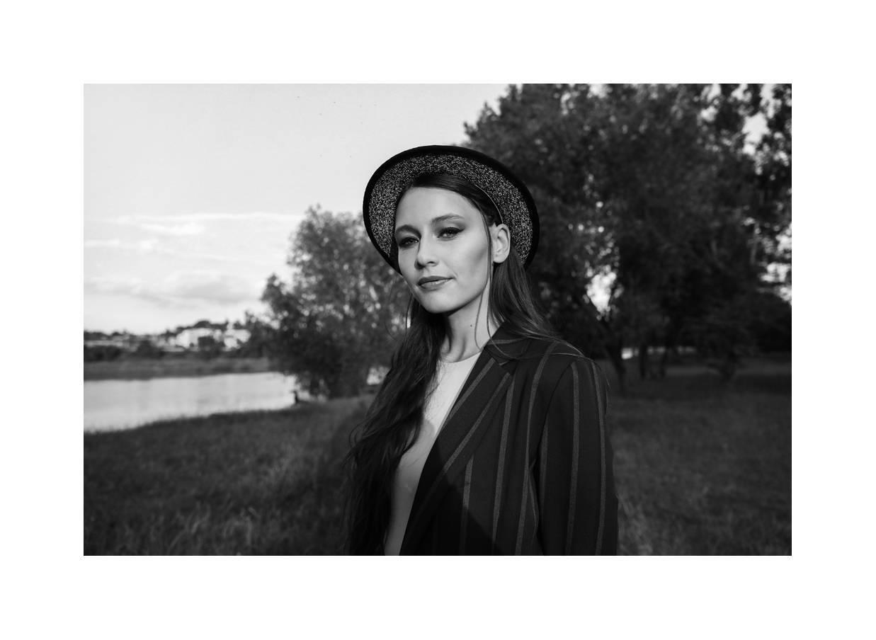 TOP 7 videoklipů týdne: Vanessa oživila Václava Havla a Kateřina Marie Tichá zpívá o náhodných kolemjdoucích