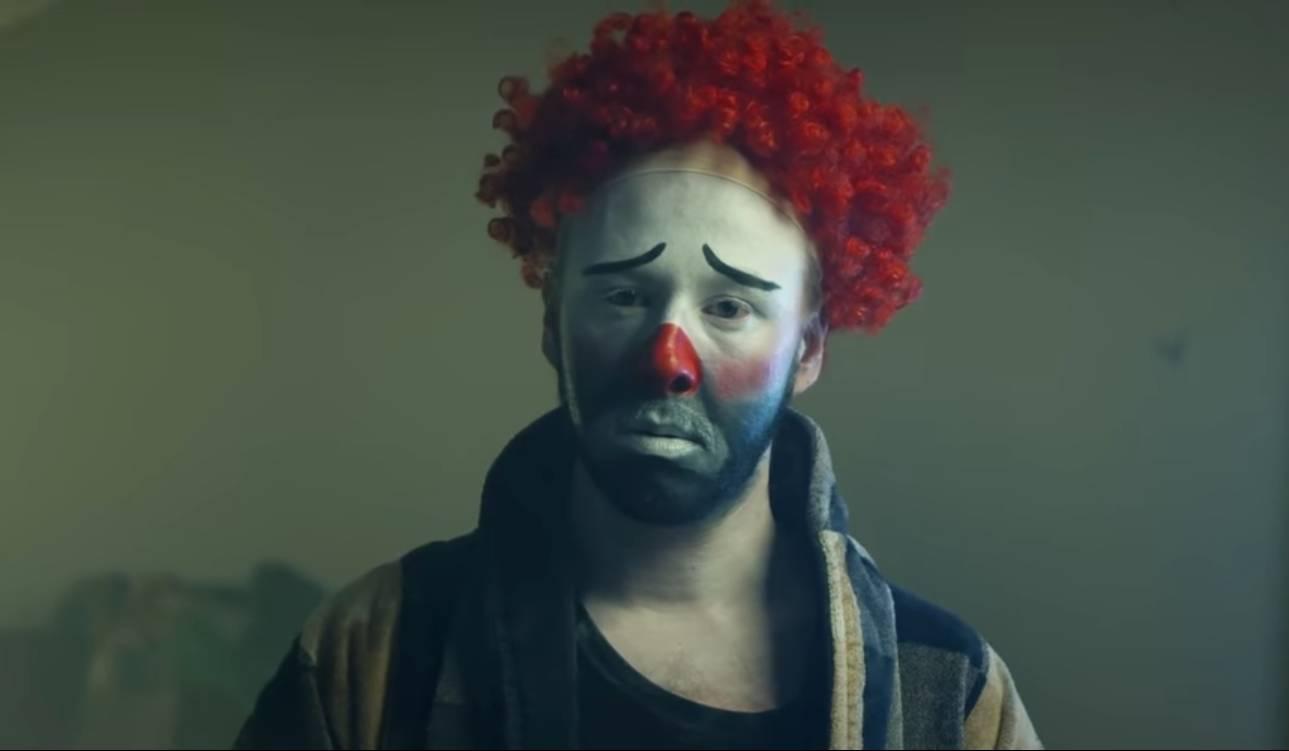 TOP 6 videoklipů týdne: Ben Cristovao našel svou osudovou, Wohnout v klipu plném animací a Štěpán Kozub v roli šaška