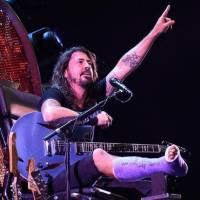 AUDIO: Foo Fighters vydali zdarma EP. Věnovali ho obětem pařížských útoků