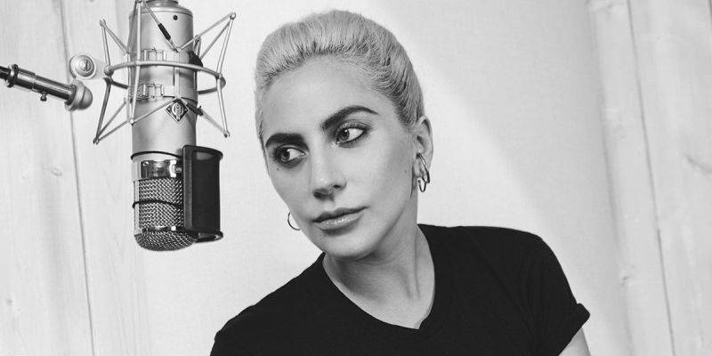 AUDIO: Z Lady Gaga je v Million Reasons barová písničkářka