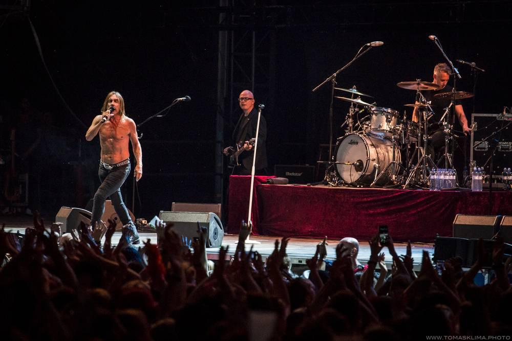 AUDIO: Iggy Pop zapomněl na divočinu, v novince Gold zní spíš jako Leonard Cohen