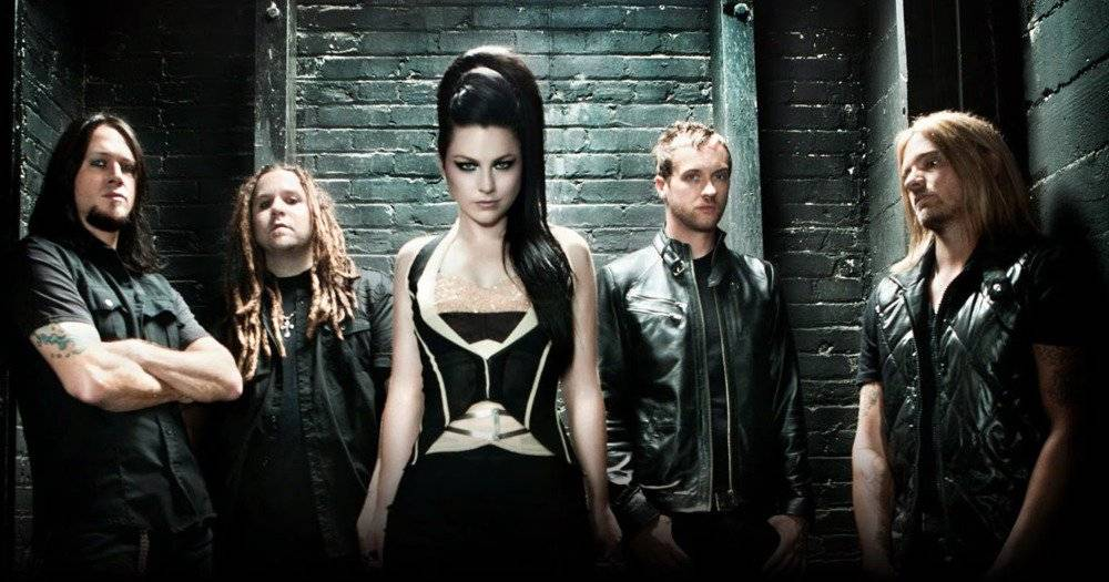 AUDIO: Amy Lee, hlas Evanescence, má sólový singl Love Exists
