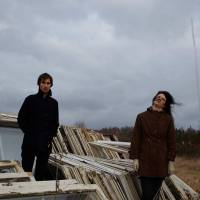 AUDIO: Khoiba se vrací, poslechněte si comebackový singl Stoke The Fire