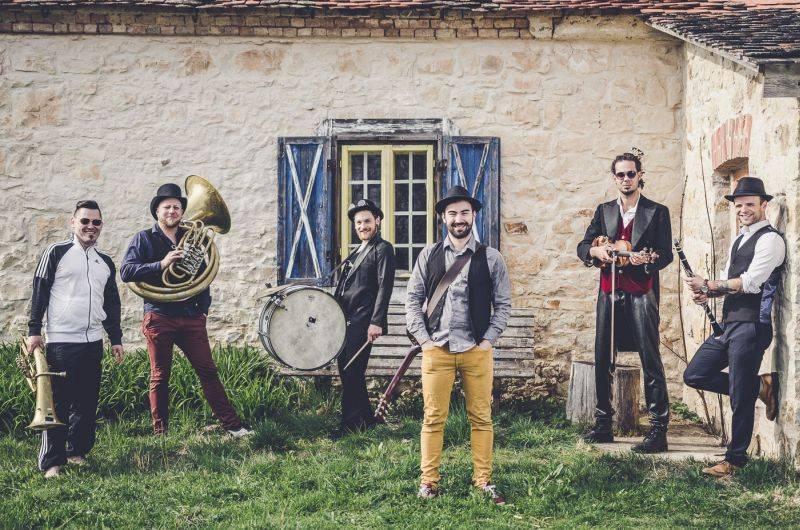 PREMIÉRA: Circus Brothers jsou vyzbrojeni energií. Poslechněte si a zdarma stáhněte nový singl I Just Feel