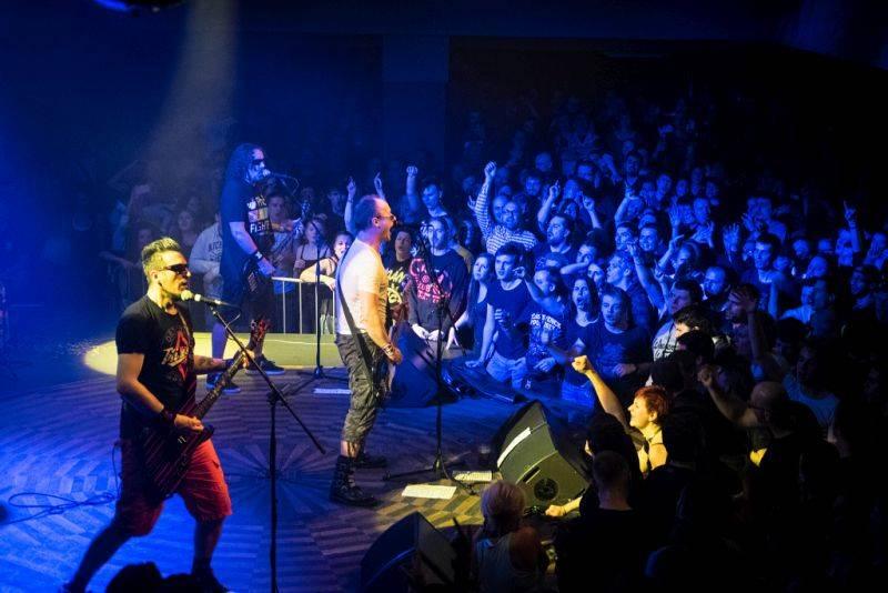 AUDIO: Horkýže Slíže vydali nečekaně nové album. Rooney jim pokazil text