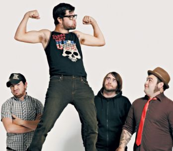 Alexisonfire opustili oba kytaristi, kapela oznámila rozpad