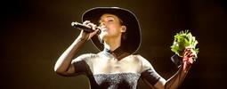 LIVE: Alicia Keys zazpívala v Praze hymnu New Yorku hned dvakrát