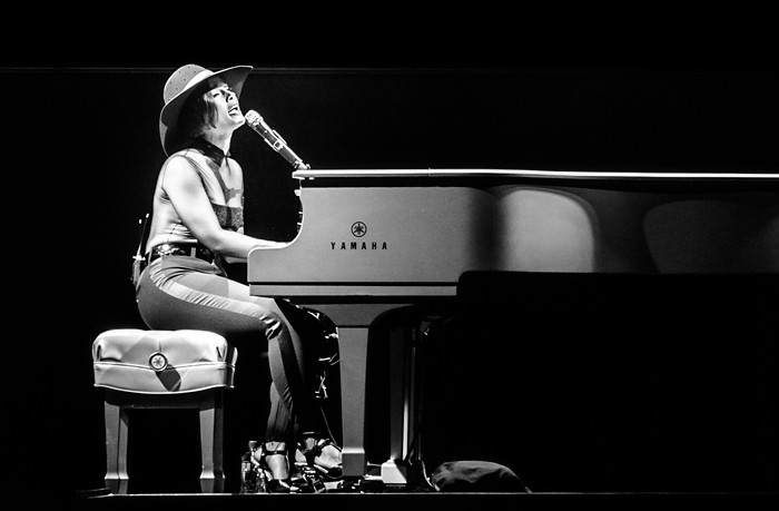 VIDEO: Dva dny po koncertu v Praze vydala Alicia Keys nový klip