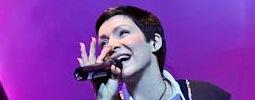 Anna K je zpátky v plné síle, představuje singl s Robertem Kodymem