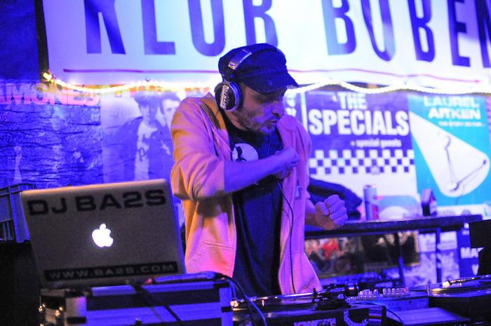 Rock DJ (2.): Ba2s - z Chaozzu až do undergroundu