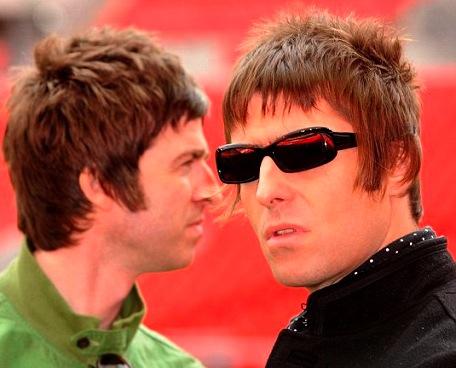 Liam Gallagher: S Beady Eye možná zahrajeme songy Oasis