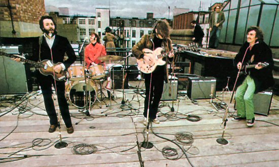 the-beatles-on-apple-corps-rooftop