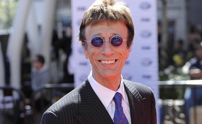 Zemřel Robin Gibb z Bee Gees, podlehl rakovině