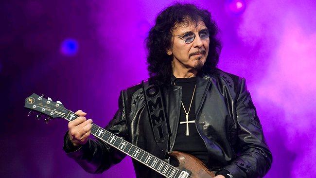 Tony Iommi: Black Sabbath budou příští rok hrát, jak to jen půjde