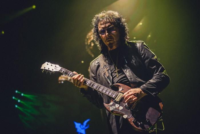 LIVE: Ozzy se klaněl Praze, Praha smekla před Black Sabbath