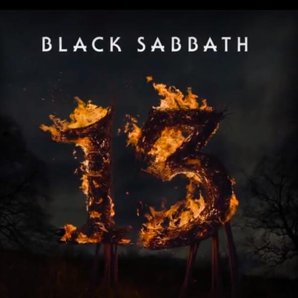 RECENZE: Je Bůh mrtvý? Ne, převtělil se do Black Sabbath