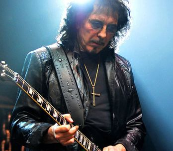Tony Iommi: kytarista Black Sabbath bojuje s rakovinou