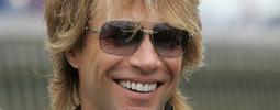 VIDEO: Bon Jovi léčí knockout polibkem