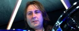 Zemřel bubeník The Charlatans Jon Brookes
