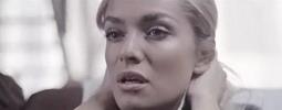 VIDEO: Chinaski posílají zamilovanou baladu Taťáně Kuchařové