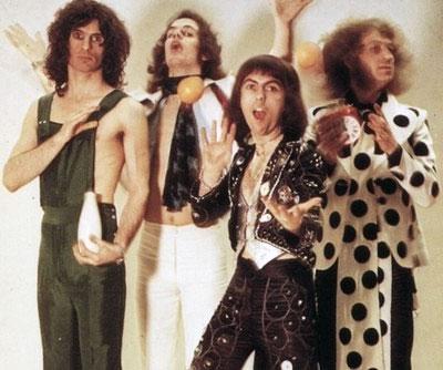 Glam rock aneb sex a melírové riffy