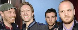 Coldplay vyjeli na festivaly a plánují modrý vinyl