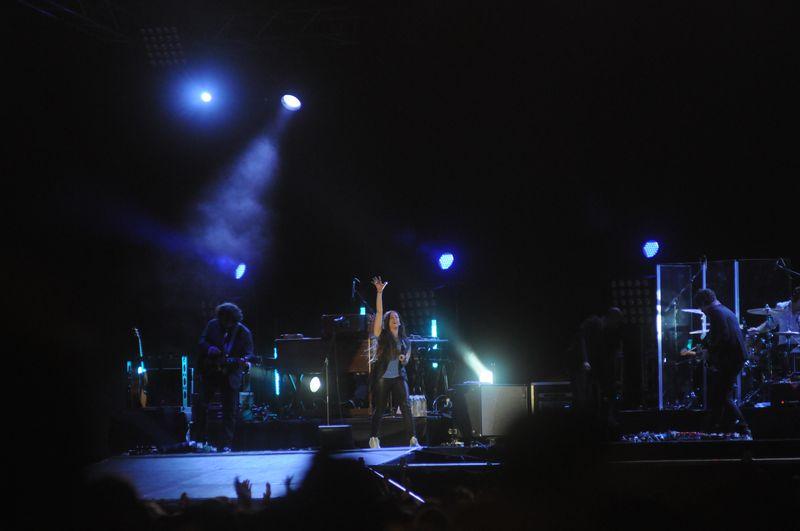LIVE : Sobotní Colours of Ostrava - Alanis Morissette ve stínu Zaz