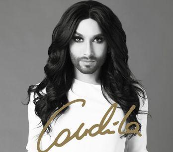 RECENZE: Conchita Wurst by klidně mohla vystupovat v Moulin Rouge