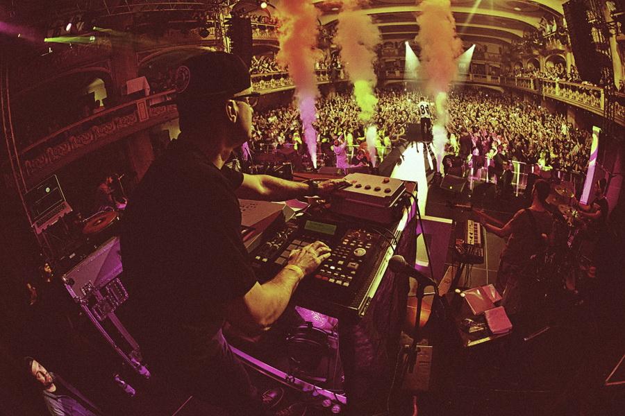 LIVE: DJ Wich je stále pán