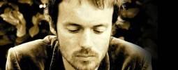 RECENZE: Damien Rice dojímá, citově vydírá a ovládá náš tep
