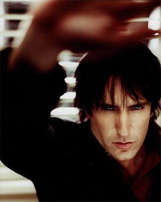 Trent Reznor z Nine Inch Nails si odskočí od facebooku k upírům