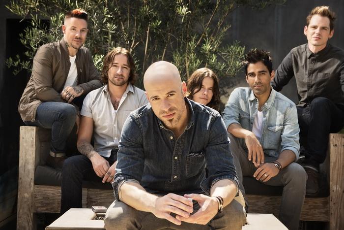 Daughtry, objev American Idolu, se chystají do Prahy