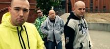 DeFuckTo sází na sexy Slovenky, v klipu hostují Misha a Táňa Pauhofová