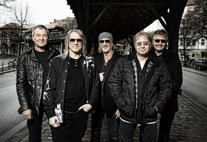 DeepPurple band 7 photocredit Jim Rakete small