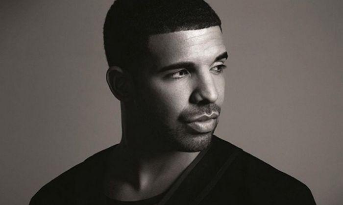 Drake unikl smrtící střelbě, dva lidé zahynuli