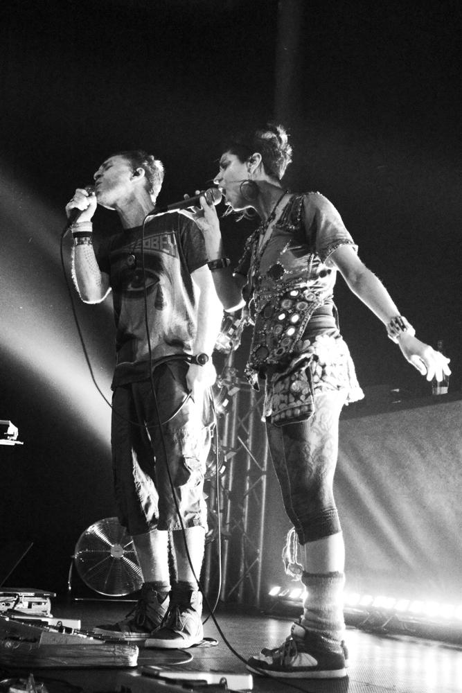 LIVE: Dub FX dokázal i v Sasazu vykouzlit atmosféru pro jeho freestyle z ulice