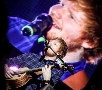 LIVE: Ed Sheeran se Praze postavil jen s kytarou. Obstál?