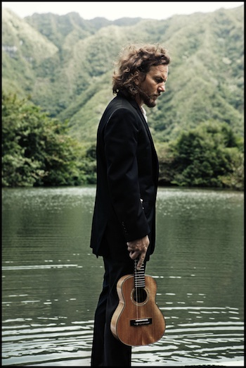 eddie vedder press shot