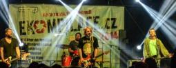Ekompilace s Vypsanou fiXou a dalšími kapelami motivuje k třídění odpadu