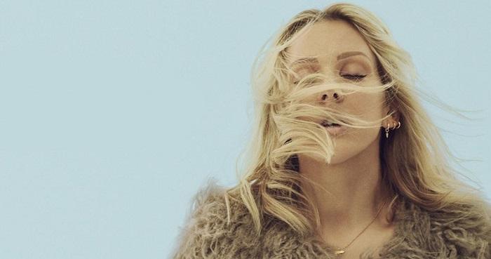 POPBLOG: Z holky od vedle Ellie Goulding vyrostla halová hvězda. Je to ale dobře?