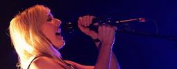 VIDEO: Z Ellie Goulding se v On My Mind stala mstitelka