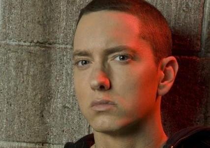 """Eminem pokořil další rekord, dosáhl """"digitálního milionu"""""""