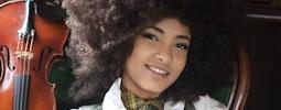 Zpívající kontrabasistka Esperanza Spalding obšťastní Prahu už za deset dnů