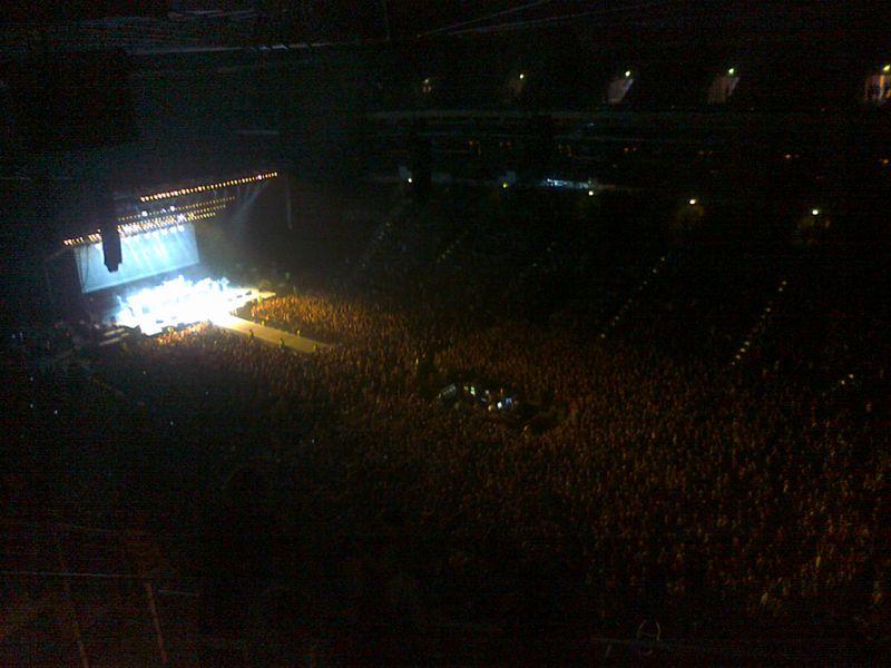 LIVE: Foo Fighters ochraptěli pražskou O2 Arenu