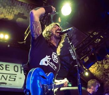AUDIO: Poslední zastávka Foo Fighters na cestě k novému albu