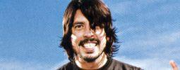 Foo Fighters dobyli Ameriku, v Anglii ukončili vládu Adele