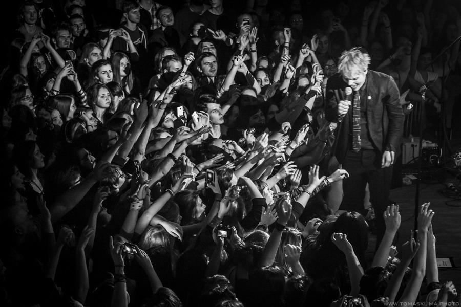 LIVE: Gerard Way okouzlil šarmem, excentrismem a skromností