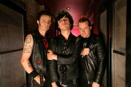 Seznamte se s novým songem Carpe Diem od Green Day
